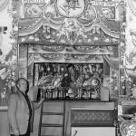 Il Cav. Antonino Mancuso, nonno di Enzo, e, dietro le quinte, lo zio Pino.